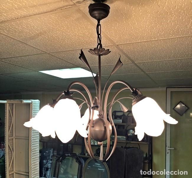 Segunda Mano: LAMPARA DE TECHO TULIPAN - Foto 5 - 253446885