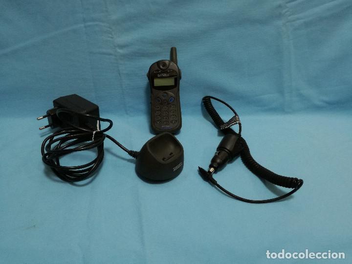 TELEFONO MOVIL ALCATEL ONE TOUCH EASY + CARGADOR RED Y AUTOMOVIL (Segunda Mano - Artículos de electrónica)