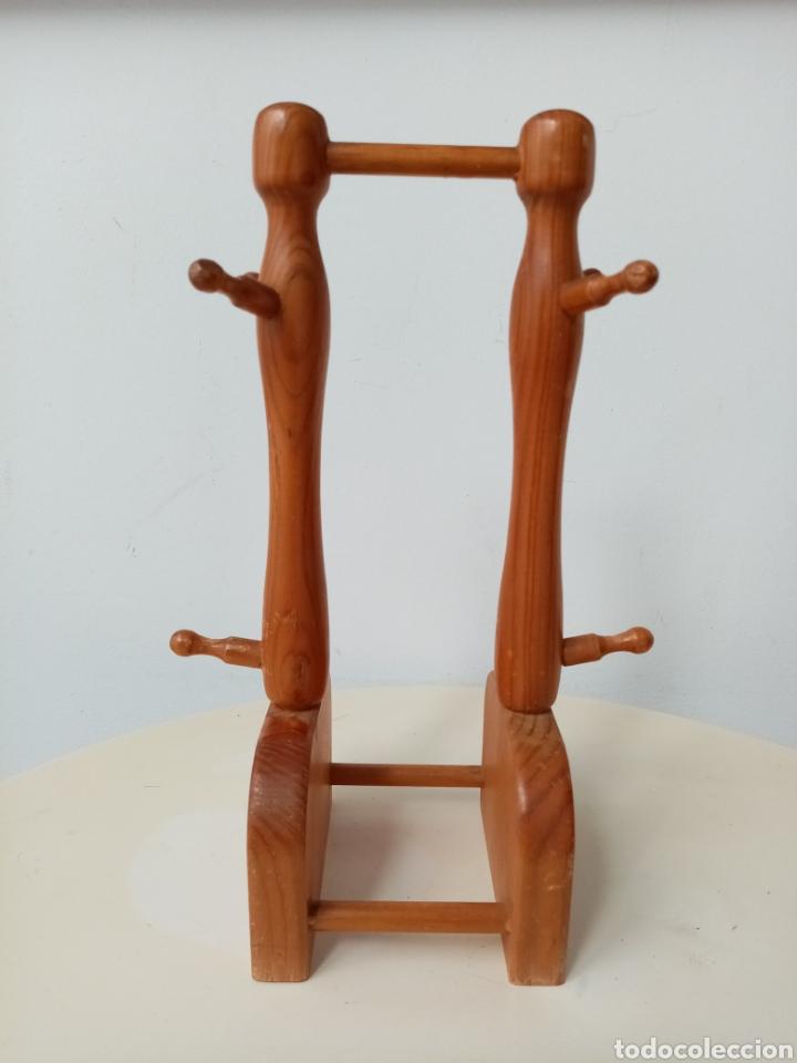 Segunda Mano: Pequeño soporte de madera para colgar enseres - Foto 3 - 253926345