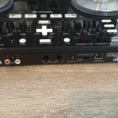 Segunda Mano: VESTAX TYPHOON CONTROLADOR MIDI & AUDIO USB PARA DJ. Lote 262040940