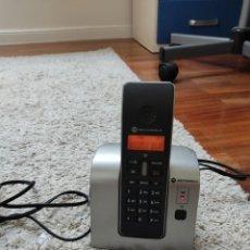 Segunda Mano: TELÉFONO INALÁMBRICO DIGITAL MOTOROLA D2. Lote 284292123