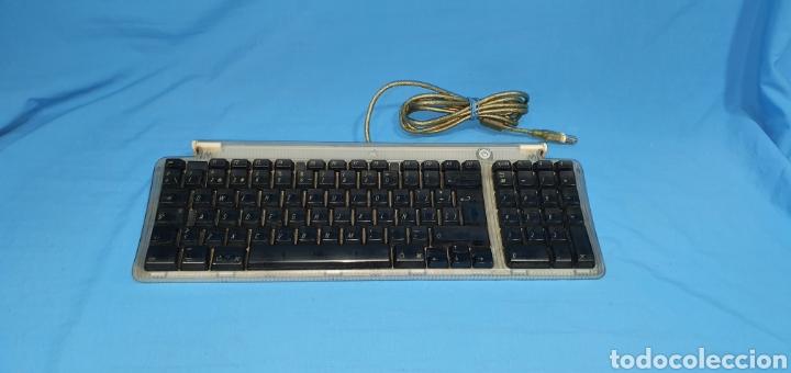 TECLADO APPLE USB KEYBOARD MOD. M2452 (Segunda Mano - Artículos de electrónica)
