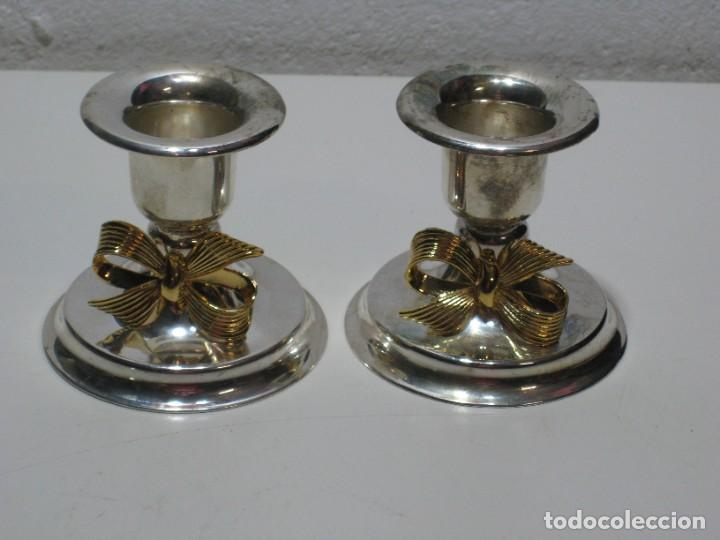 PEQUEÑOS CANDELABROS DE METAL (Segunda Mano - Hogar y decoración)