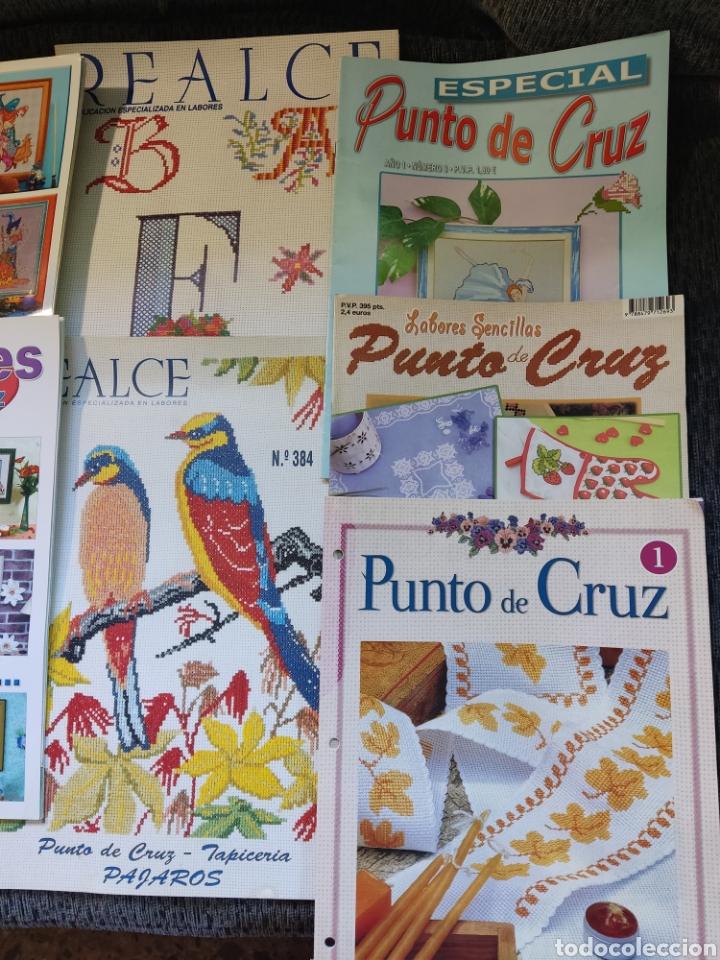 Segunda Mano: Lotes de Once libros punto de cruz - Foto 4 - 288507943