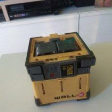 Segunda Mano: FIGURA WALL-E TRANSFORMABLE DESCATALOGADA BIZAK. Lote 290107558