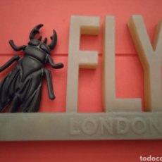 Segunda Mano: PROPAGANDA FLY LONDON. Lote 294977918