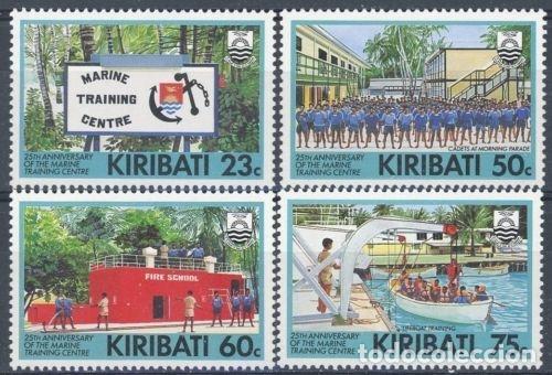 KIRIBATI 1992 IVERT 262/5 *** 25º ANIVERSARIO DEL CENTRO DE ENTRENAMIENTO DE LA MARINA - BARCOS (Sellos - Extranjero - Oceanía - Otros paises)