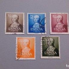 Sellos: 1951 - EDIFIL 1092/1096 - SERIE COMPLETA - ISABEL CATOLICA - VALOR CATALOGO 51€.. Lote 111694747