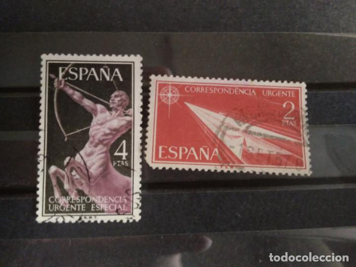 EDIFIL 1185 1186 ALEGORIAS CORREO URGENTE SERIE COMPLETA. SELLO USADO ESPAÑA 1956 (Sellos - España - II Centenario De 1.950 a 1.975 - Usados)