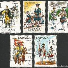 Sellos: ESPAÑA 1974 - ES 2197 A 2201 - UNIFORMES MILITARES (III) - SERIE USADA. Lote 162929774