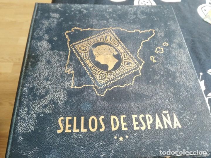 ALBUM DE SELLOS CON 268 USADOS 1950 -1981 (Sellos - España - II Centenario De 1.950 a 1.975 - Usados)