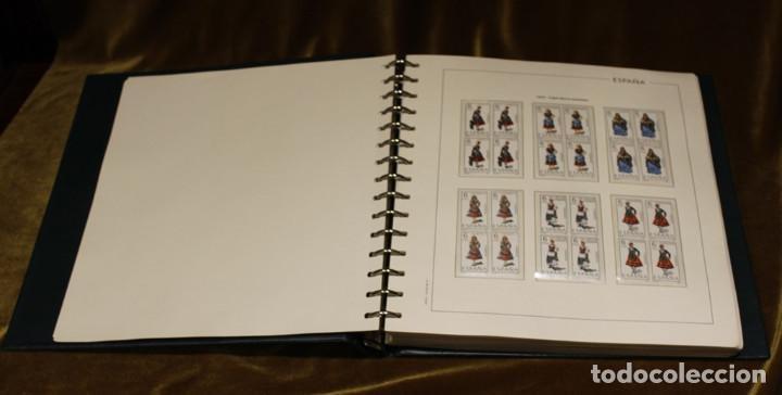 Sellos: Álbum con sellos, España 1970 - 1973,en bloque de cuatro,hojas edifil 197-250, completo - Foto 3 - 219771086