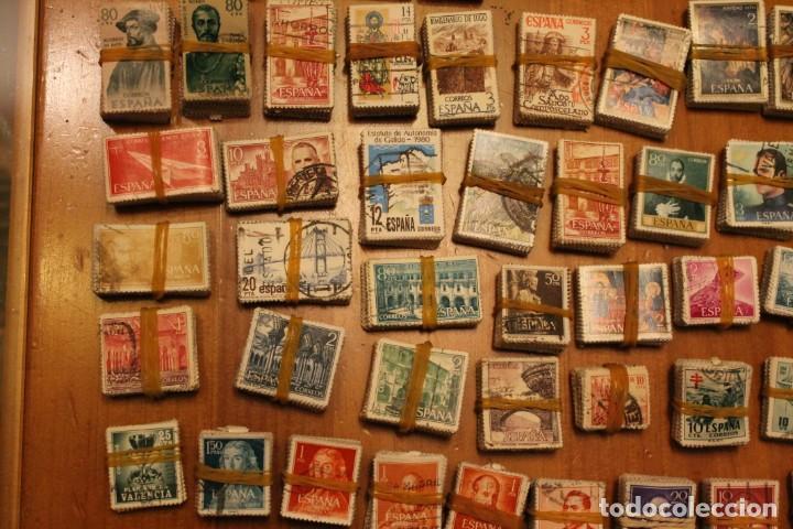 Sellos: LOTE DE 94 PASTILLAS DE SELLOS USADOS DE ESPAÑA (VER FOTOS) - Foto 5 - 228168600