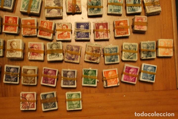 Sellos: LOTE DE 94 PASTILLAS DE SELLOS USADOS DE ESPAÑA (VER FOTOS) - Foto 8 - 228168600