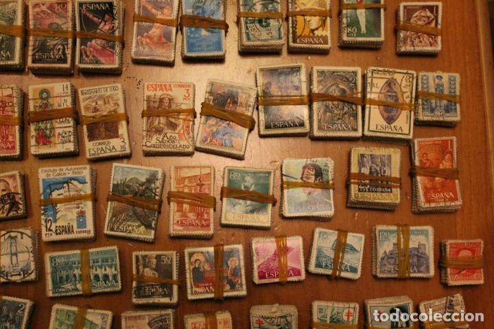 Sellos: LOTE DE 94 PASTILLAS DE SELLOS USADOS DE ESPAÑA (VER FOTOS) - Foto 10 - 228168600
