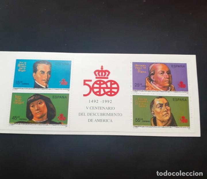 Sellos: carpeta de sellos nueva y Diptico con la Informacion de la serie Personajes del V Centenario - Foto 4 - 251817750