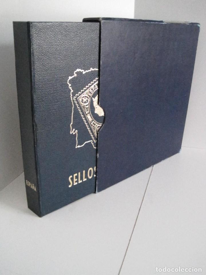 ALBUM SELLOS DE ESPAÑA. PHILOS. 1949 - 1980. CORREOS. NO COMPLETA. SELLOS USADOS. FILATELIA. (Sellos - España - II Centenario De 1.950 a 1.975 - Usados)