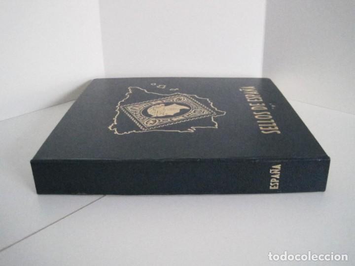 Sellos: ALBUM SELLOS DE ESPAÑA. PHILOS. 1949 - 1980. CORREOS. NO COMPLETA. SELLOS USADOS. FILATELIA. - Foto 8 - 267047899