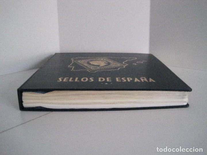 Sellos: ALBUM SELLOS DE ESPAÑA. PHILOS. 1949 - 1980. CORREOS. NO COMPLETA. SELLOS USADOS. FILATELIA. - Foto 9 - 267047899