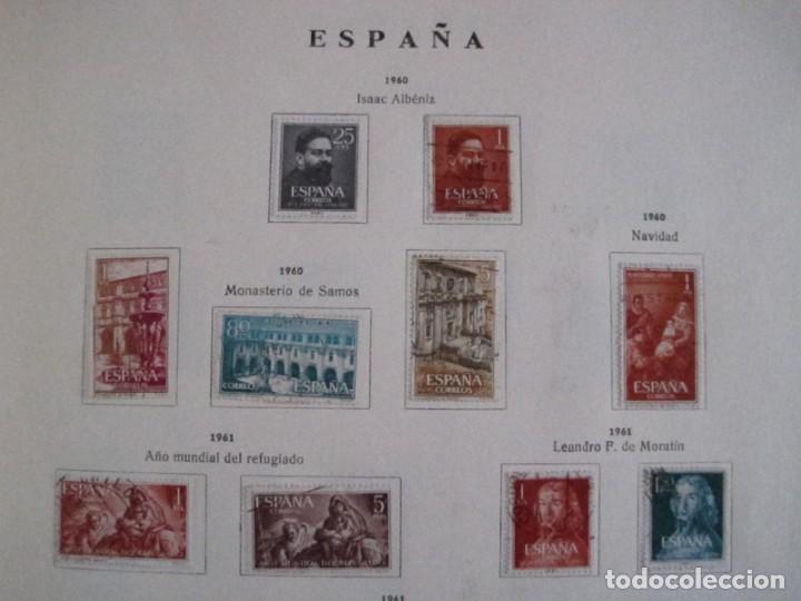 Sellos: ALBUM SELLOS DE ESPAÑA. PHILOS. 1949 - 1980. CORREOS. NO COMPLETA. SELLOS USADOS. FILATELIA. - Foto 20 - 267047899