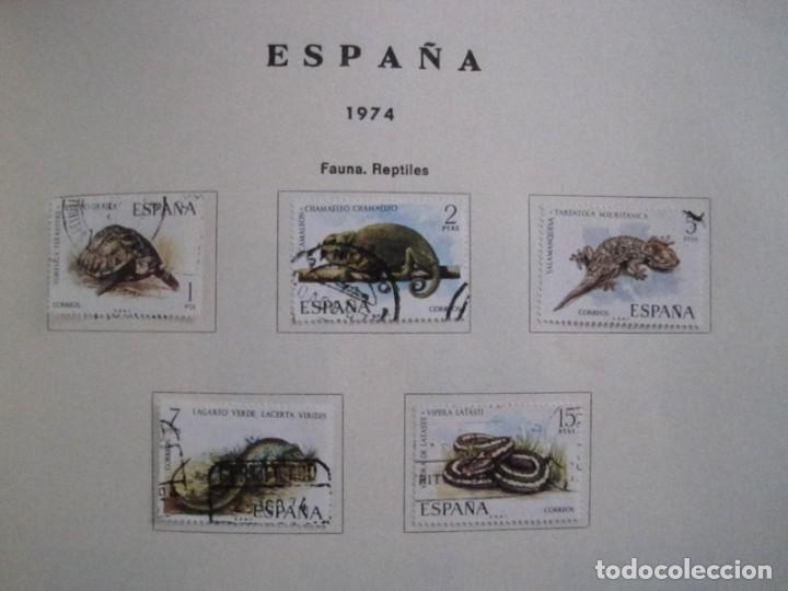 Sellos: ALBUM SELLOS DE ESPAÑA. PHILOS. 1949 - 1980. CORREOS. NO COMPLETA. SELLOS USADOS. FILATELIA. - Foto 28 - 267047899