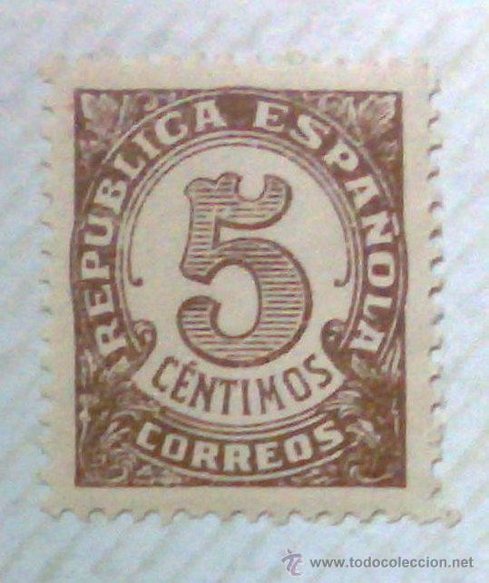 Sellos: CIRCA 1930-1940.-II REPUBLICA ESPAÑOLA,- HOJA CON COLECCIÓN DE 47 SELLOS DE LA ÉPOCA - Foto 5 - 36152588
