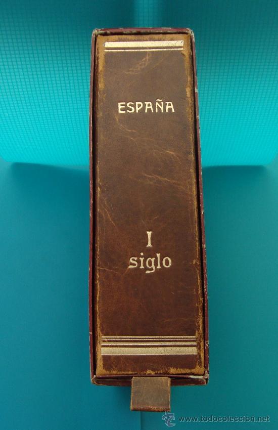ALBUN COLECCION DE SELLOS ESPAÑA DESDE 1930 A 1949, NUEVOS CON FIJASELLOS Y CIRCULADOS, 65 PAGINAS (Sellos - España - II República de 1.931 a 1.939 - Nuevos)