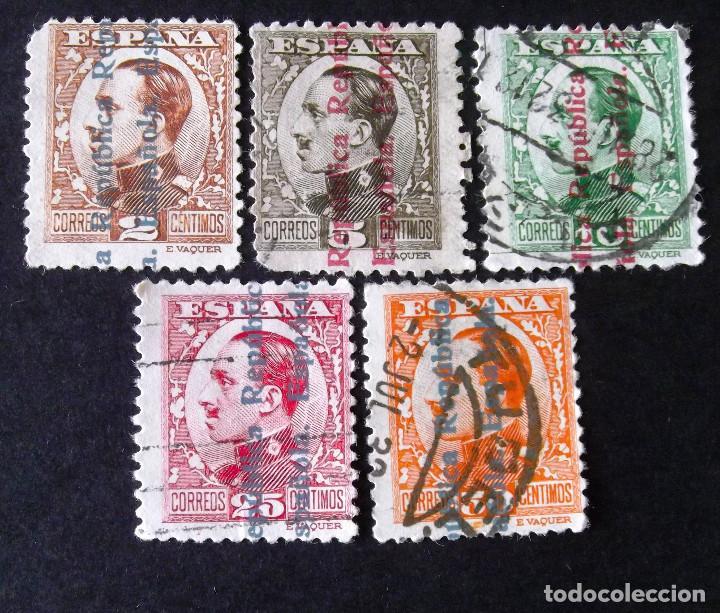 CINCO SELLOS USADOS DE LA SERIE 593-603, LOS DE LA FOTO. ALFONSO XIII. (Sellos - España - II República de 1.931 a 1.939 - Usados)