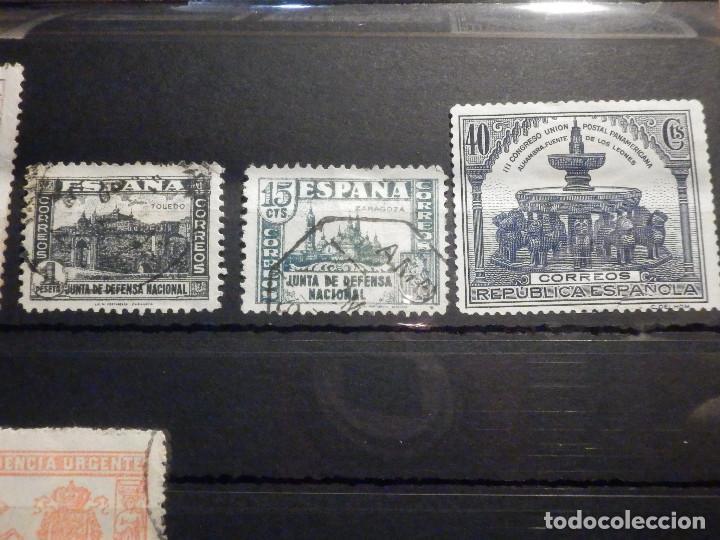 Sellos: Lote 16 sellos Edifil 325,609, 970, 971,975, 811, 806, 805, 808, 256 + varios beneficencia y Cadiz - Foto 3 - 195793766