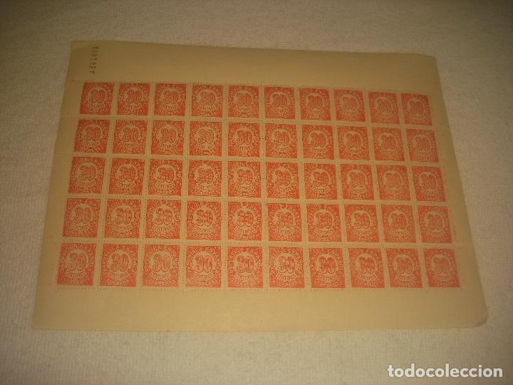 REPUBLICA ESPAÑOLA LOTE DE 50 SELLOS DE 30 CENTIMOS. (Sellos - España - II República de 1.931 a 1.939 - Nuevos)
