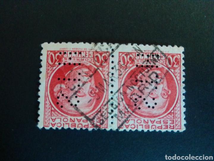 EDIFIL 686. PAREJA DE PERFORADOS S.T.H. MATASELLOS CERTIFICADO DE MADRID. SECCIÓN NOCTURNA. (Sellos - España - II República de 1.931 a 1.939 - Usados)
