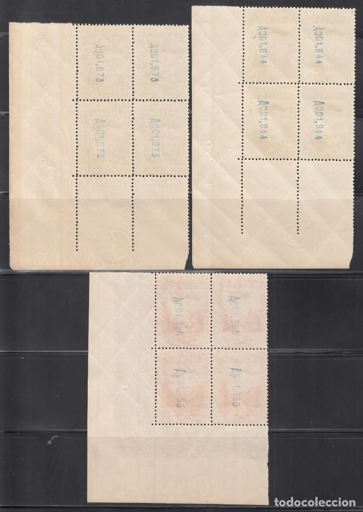 Sellos: ESPAÑA, 1931 EDIFIL Nº 650 / 654 /**/, Bloque de Cuatro, Esquina de pliego. SIN FIJASELLOS - Foto 3 - 248265980