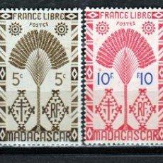 Sellos: MADAGASCAR 1943 (16-417) ARBOL VIAJERO. **.MNH. Lote 49638197