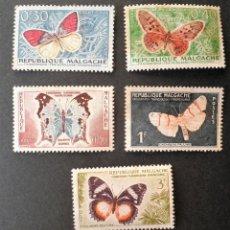 Sellos: 5 SELLOS 1960 MADAGASCAR MARIPOSAS NUEVOS. Lote 113082759