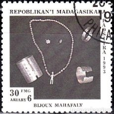 Sellos: 1993 - MADAGASCAR - ARTESANIA - JOYERIA MAHAFALY - YVERT 1324. Lote 138638850