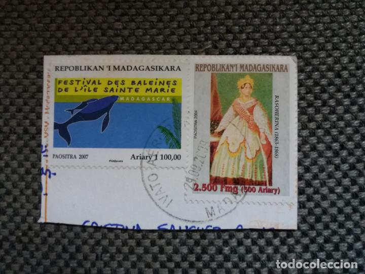 PAREJA DE SELLOS DE MADAGASCAR CON SU MATASELLOS IMPRESO (Sellos - Extranjero - África - Madagascar)