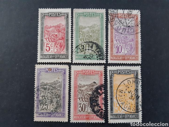 MADAGASCAR, YVERT 131-135+139 (Sellos - Extranjero - África - Madagascar)