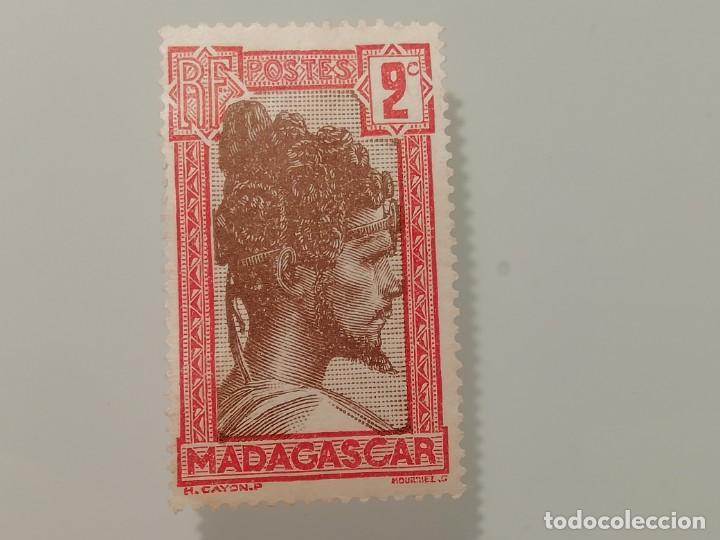 SELLO SIN USO DE MADAGASCAR COLONIA FRANCESA DE 1930- CHIEF SAKALAVE- YVERT 162- VALOR 2 CENTIMOS (Sellos - Extranjero - África - Madagascar)