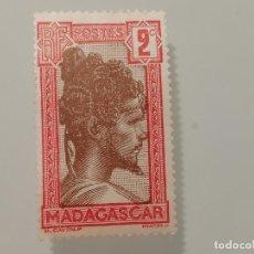 Sellos: SELLO SIN USO DE MADAGASCAR COLONIA FRANCESA DE 1930- CHIEF SAKALAVE- YVERT 162- VALOR 2 CENTIMOS. Lote 226076035