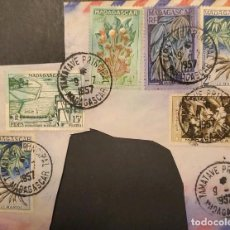 Sellos: O) 1957 MADAGASCAR, PROYECTO DE RIEGO - FIDES ISSUE, CAFÉ, MANIOCO - VAINILLA, CLAVOS. PINTURA, DE T. Lote 235596285
