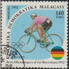 Sellos: MADAGASCAR 1992 SCOTT 1075 SELLO * DEPORTES JUEGOS OLIMPICOS BARCELONA CICLISMO MICHEL 1377 YV. 1064. Lote 235907785