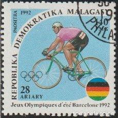 Sellos: MADAGASCAR 1992 SCOTT 1075 SELLO * DEPORTES JUEGOS OLIMPICOS BARCELONA CICLISMO MICHEL 1377 YV. 1064. Lote 244665925