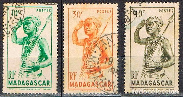 MADAGASCAR (COLONIA FRANCESA) IVERT Nº 301/3 (1945), BAILARIN DEL SUR, USADO (Sellos - Extranjero - África - Madagascar)