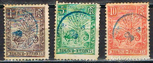 MADAGASCAR (COLONIA FRANCESA) IVERT Nº 63 - 66 - 67 (1903), CEBÚ Y PALMA DEL VIAJERO, USADO (Sellos - Extranjero - África - Madagascar)