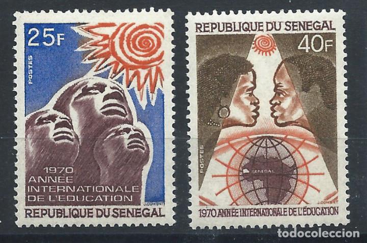 SÉNÉGAL N°337/38** (MNH) 1970 - ANNÉE INTERNATIONALE DE L'ÉDUCATION (Sellos - Extranjero - África - Senegal)