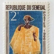 Sellos: SELLO DE SENEGAL 2 F - 1966 - MUÑECA GOREE - NUEVO SIN SEÑAL DE FIJASELLOS. Lote 249481995