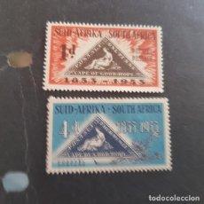 Sellos: SUDÁFRICA,1953,CENTENARIO EMISIÓN POSTAL,SCOTT 193-194*,NUEVOS,SEÑAL FIJASELLO,(LOTE AG). Lote 147731362