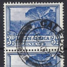 Sellos: SUDÁFRICA 1927 - MOTIVOS LOCALES, 3 D AZUL, PAR VERTICAL - SELLOS USADOS. Lote 210021018