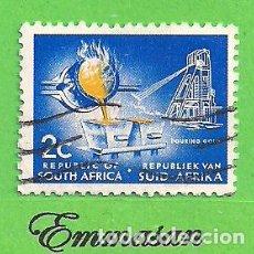 Sellos: SUDÁFRICA - MICHEL 393A - YVERT 323D (323) - FUNDICIÓN DE ORO. (1969).. Lote 219191585