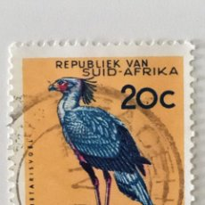 Sellos: SELLO DE SUDAFRICA 20 C - 1964 - AVES SERPENTARIO - USADO SIN SEÑAL DE FIJASELLOS. Lote 257306185